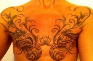 tatuointi_rinnat_poisto_face_isokoko