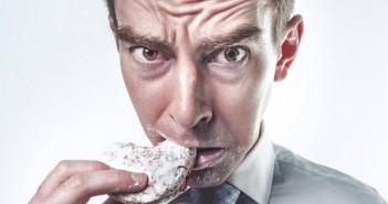 syödä_laihdutus_syöminen_keksi_mieliteko_pexels_roskaruoka